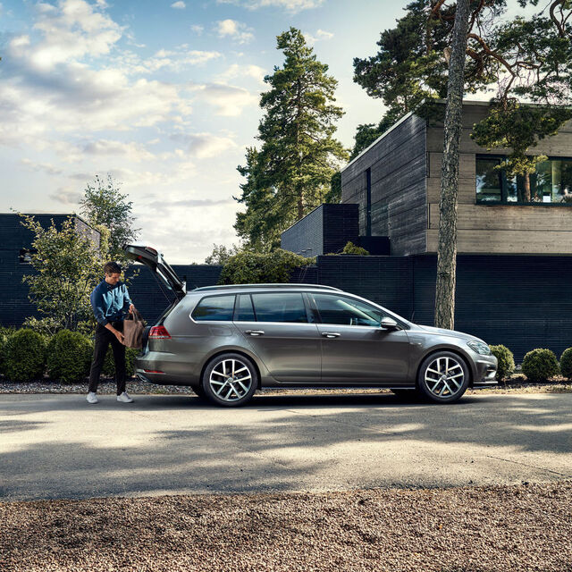 vw volkswagen golf variant lateral
